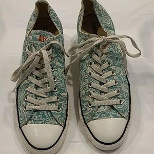 Converse Sneakers Fish Women sz 11/ Men's sz 9